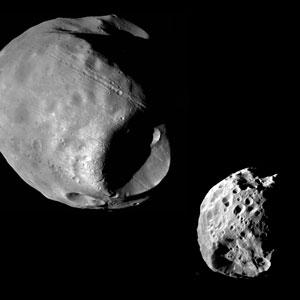 <p>Die Marsmonde Phobos und Deimos im richtigen Grössenverhältnis zueinander</p>